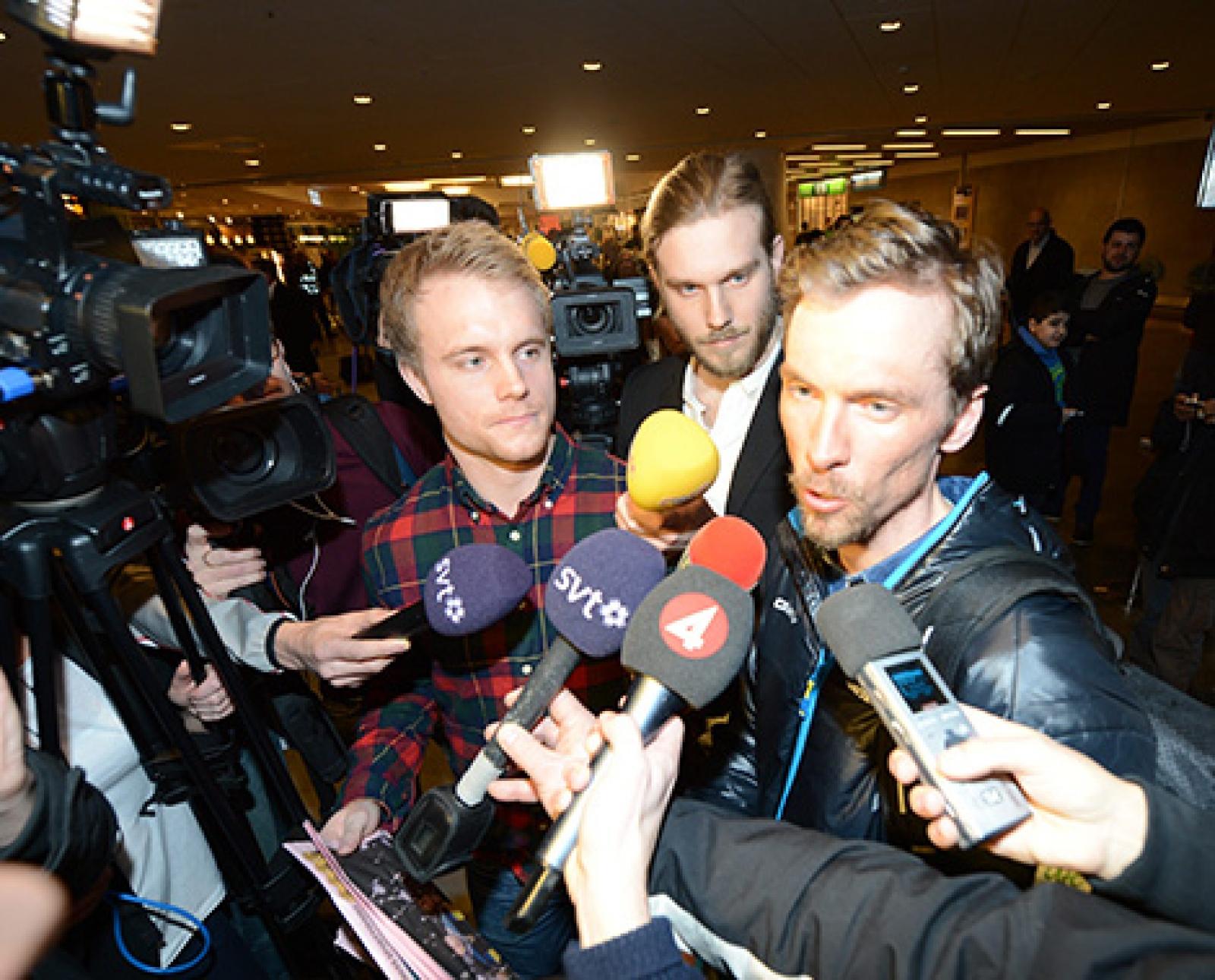 Johan olsson hyllas av marcus hellner