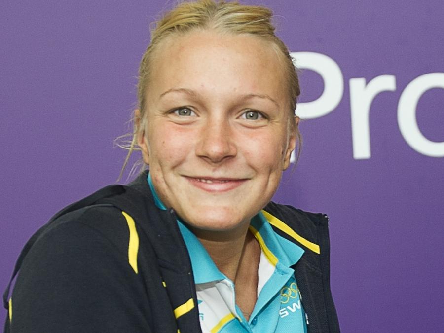 Sarah Sjöström recibió un salario de  millones de dólares, dejando un patrimonio de 0.3 millones en 2018
